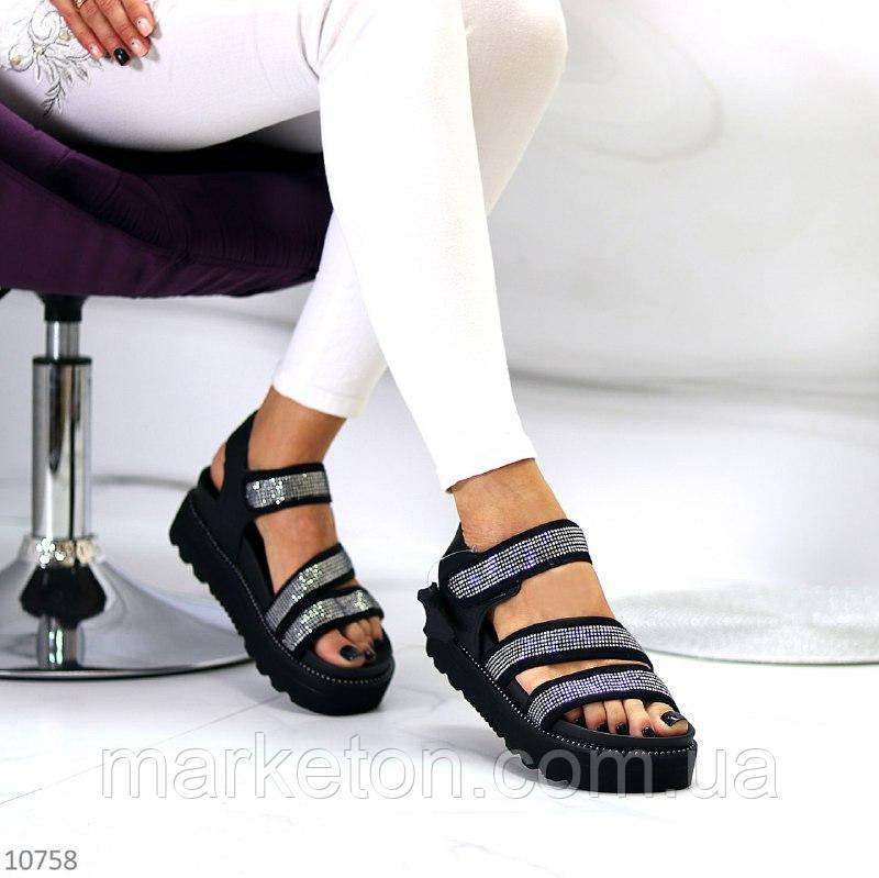 """Женские кожаные босоножки на небольшой платформе Черные """"Gei"""""""