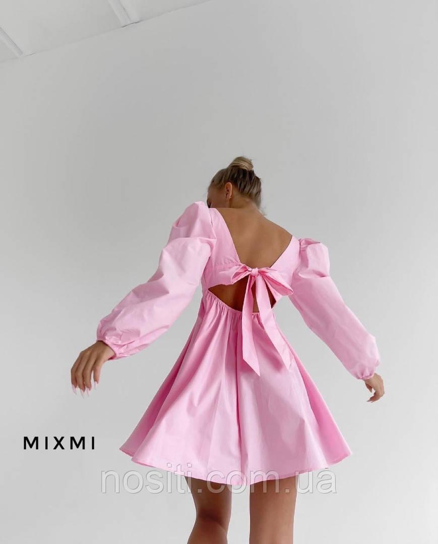 Жіноче плаття з великим бантом ззаду