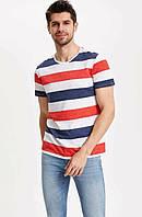 Белая мужская футболка Defacto / Дефакто в сине-красную полоску