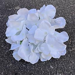 Головка гортензии, 15 см. белая