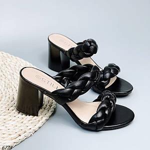 Шлепки на каблуках женские черные