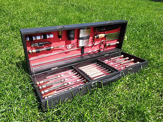 """Набір з 8 шампурів з кованої ручкою """"Канат"""" (670х12х3 мм) + комплект, в дерев'яному чорно-червоному кейсі"""