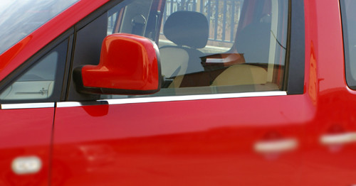 Нижні молдинги стекол (нерж.) Передні і задні, Carmos - Турецька сталь для Volkswagen Caddy (2004-2010)
