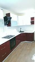 Красная кухня на заказ МДФ крашеный глянец