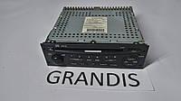 Магнитофон Mitsubishi Grandis 8701A080
