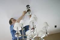 Установка  люстр, светильников, бра;