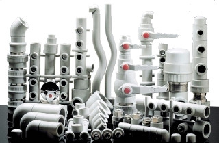 Фитинги и комплектующие для труб PP-R