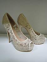 Бежевые женские туфли OKSANA