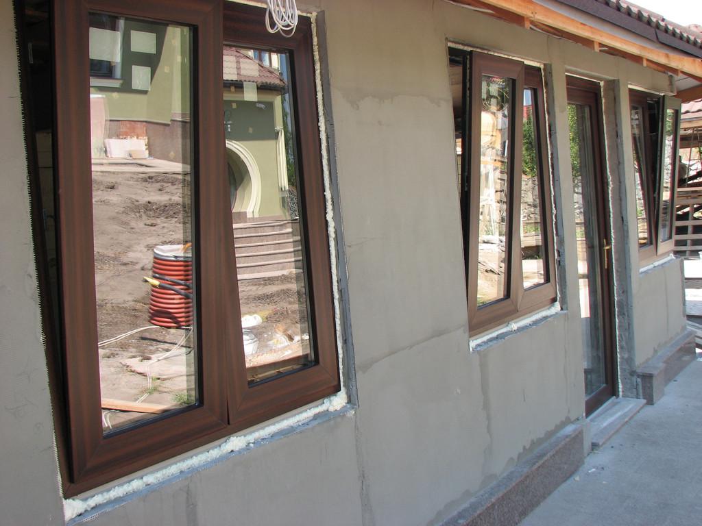 Рыбацкий гостевой домик с оригинальным решением - окна открываются наружу
