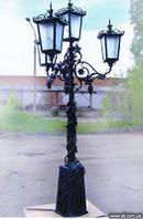 Кованый фонарь с веноградом