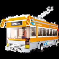Конструктор Sluban «Троллейбус»: водитель и пассажиры, транспортная остановка