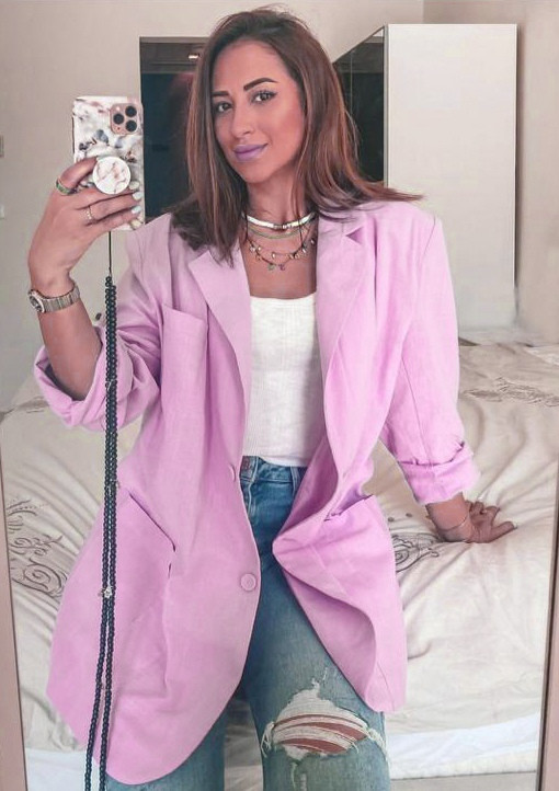 Пудровий жіночий лляний піджак на гудзиках