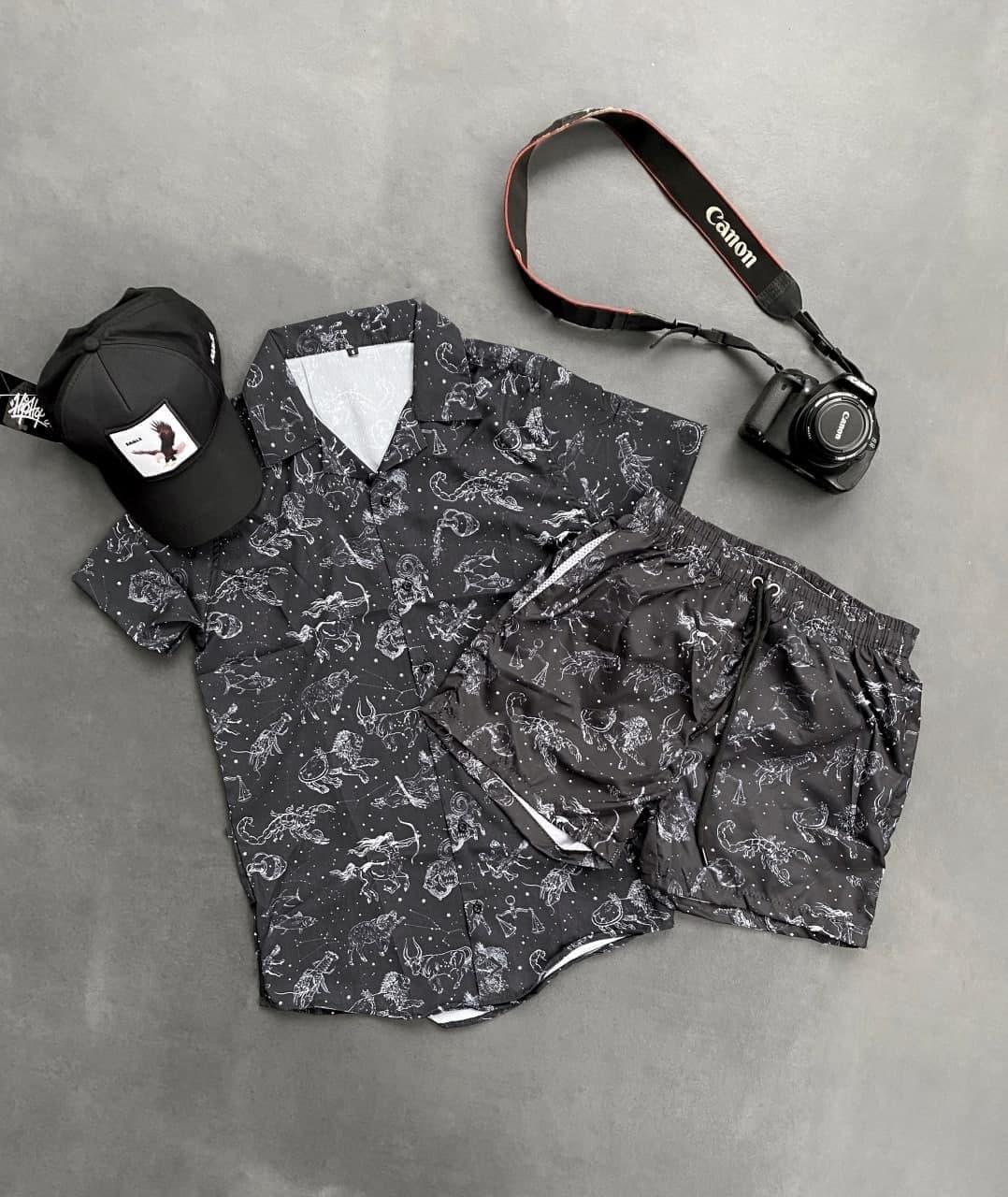 Мужской комплект шорты + футболка (черный) с рисунками знаков зодиака продуваемый на лето sk38