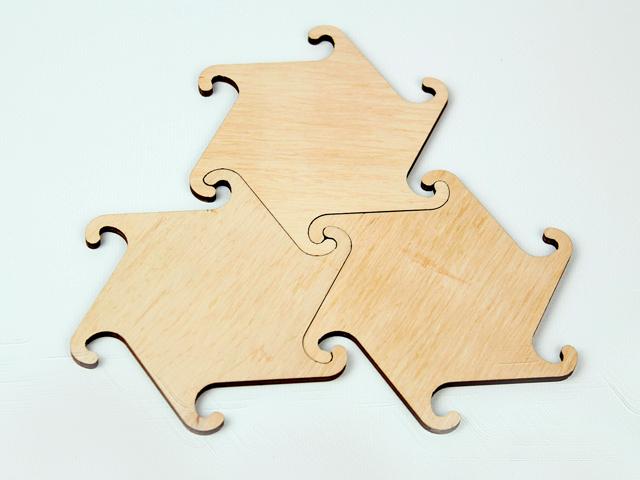 Підставка під чашку з дерева 3 шт з геометричною формою