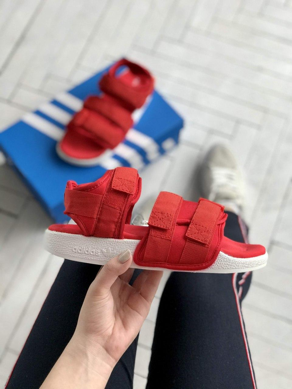 Босоножки женские Adidas Adilette Sandals Red