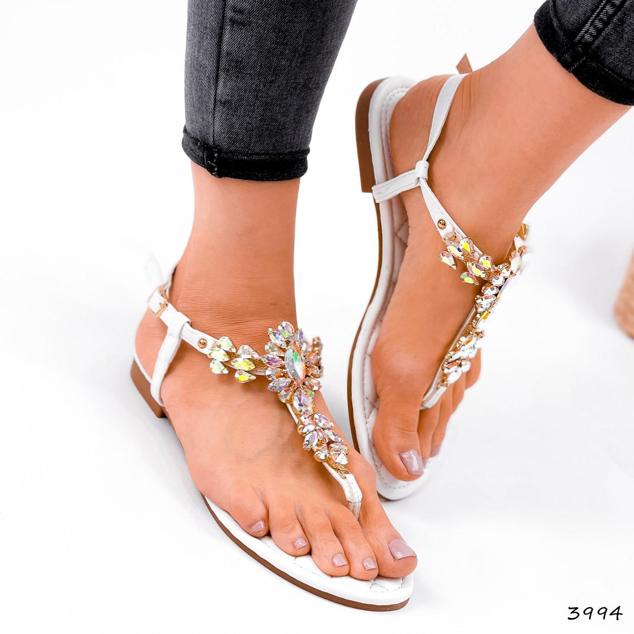 Босоножки женские Diamond белые 3994