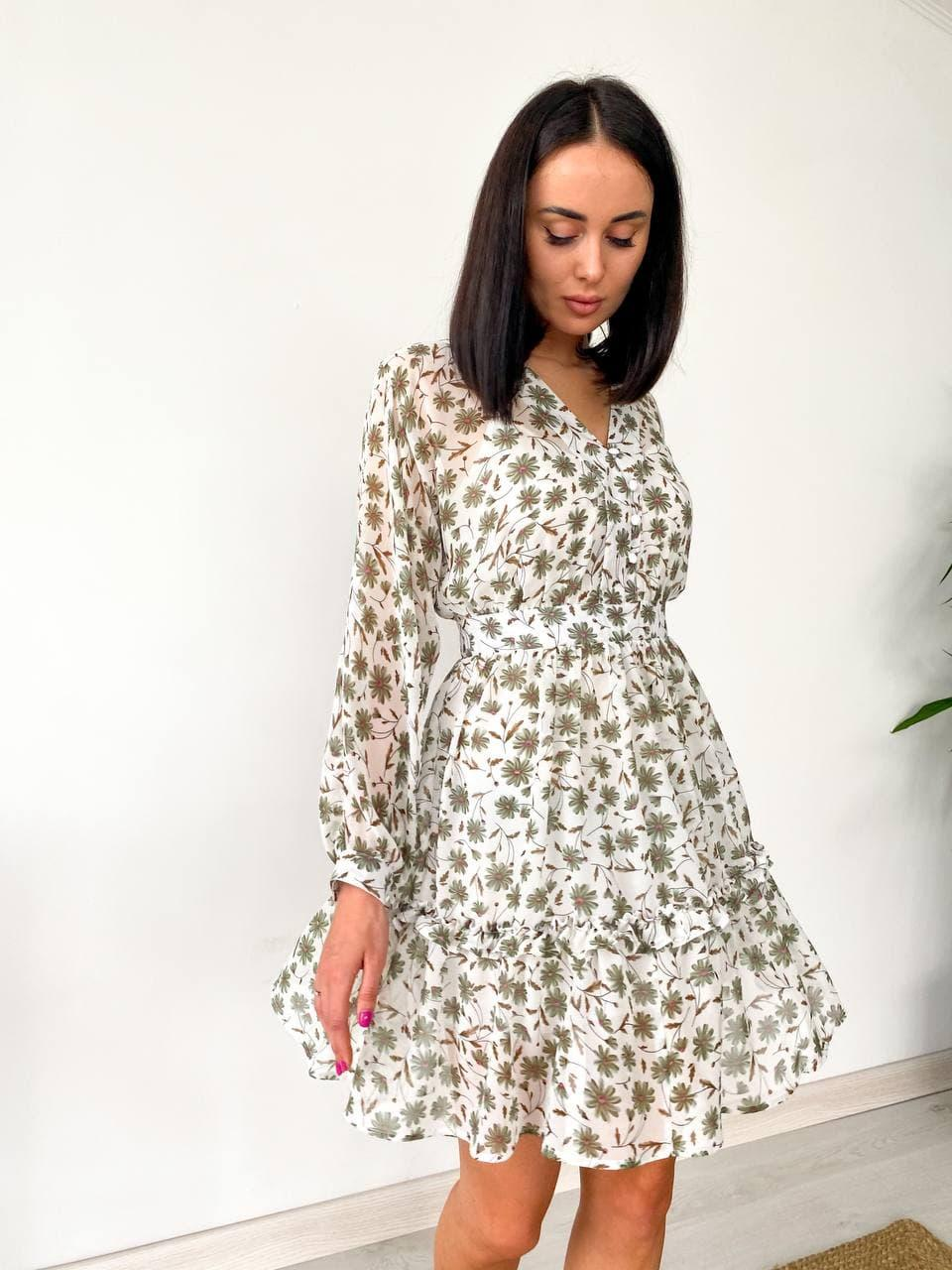 Сукня жіноча літнє з шифону біле з квітковим принтом. Жіноче літнє плаття шифонове в квіточку.