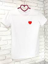 Футболка жіноча + кепка біла з принтом Heart серце, фото 3