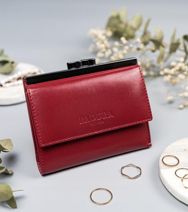 Жіночий шкіряний гаманець Badura з RFID 10 х 12 х 1,7 (PO_D098CR_CE)- червоний