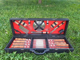 """Набор из 8 шампуров """"Master"""" (720х15х3 мм) + комплект аксессуаров в деревянном кейсе"""