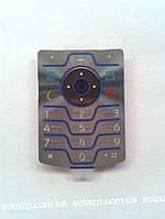 Клавиатура к мобильному телефону Motorola V3i русская цвет-серебро, оригинал