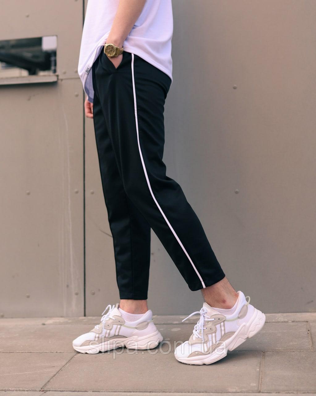 Чорні спортивні штани з тонким білим лампасом | віскоза + поліестер + еластан