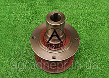 8245-036-010-790 Маточина ротора косарки Z-169 4 отвори (граната)