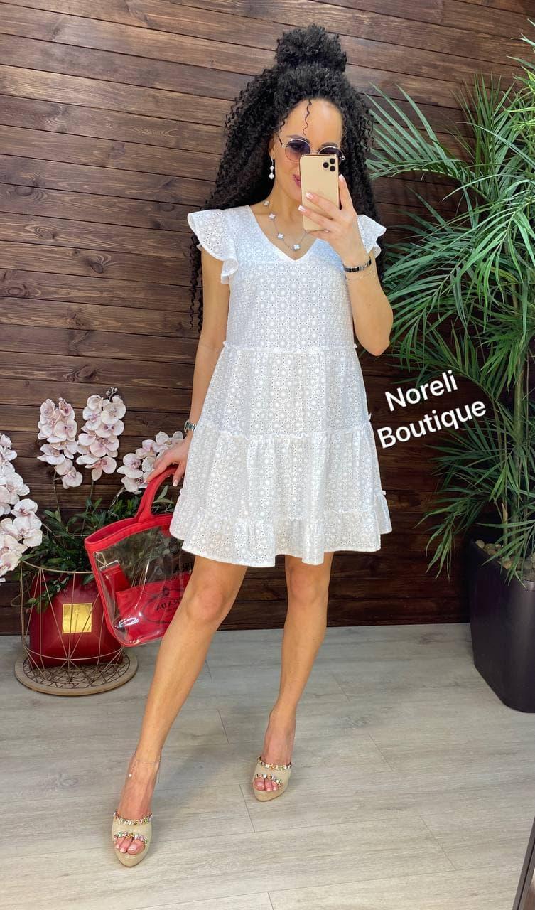 Літнє жіноче біле плаття
