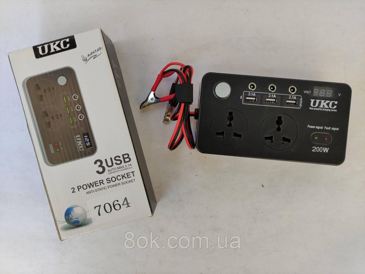 Преобразователь UKC 12-220V 200W с LCD и USB 7064