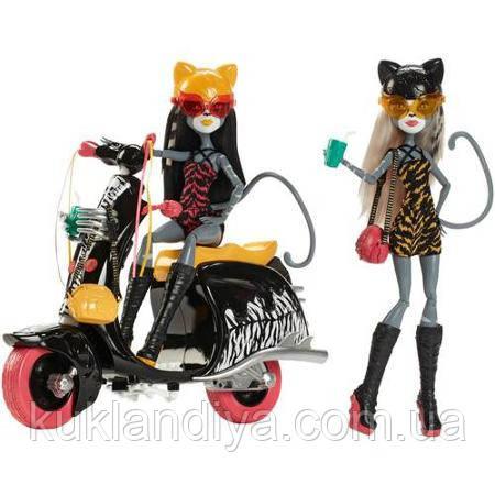 Набор Monster High Мяулодия и Пурсефона на скутере