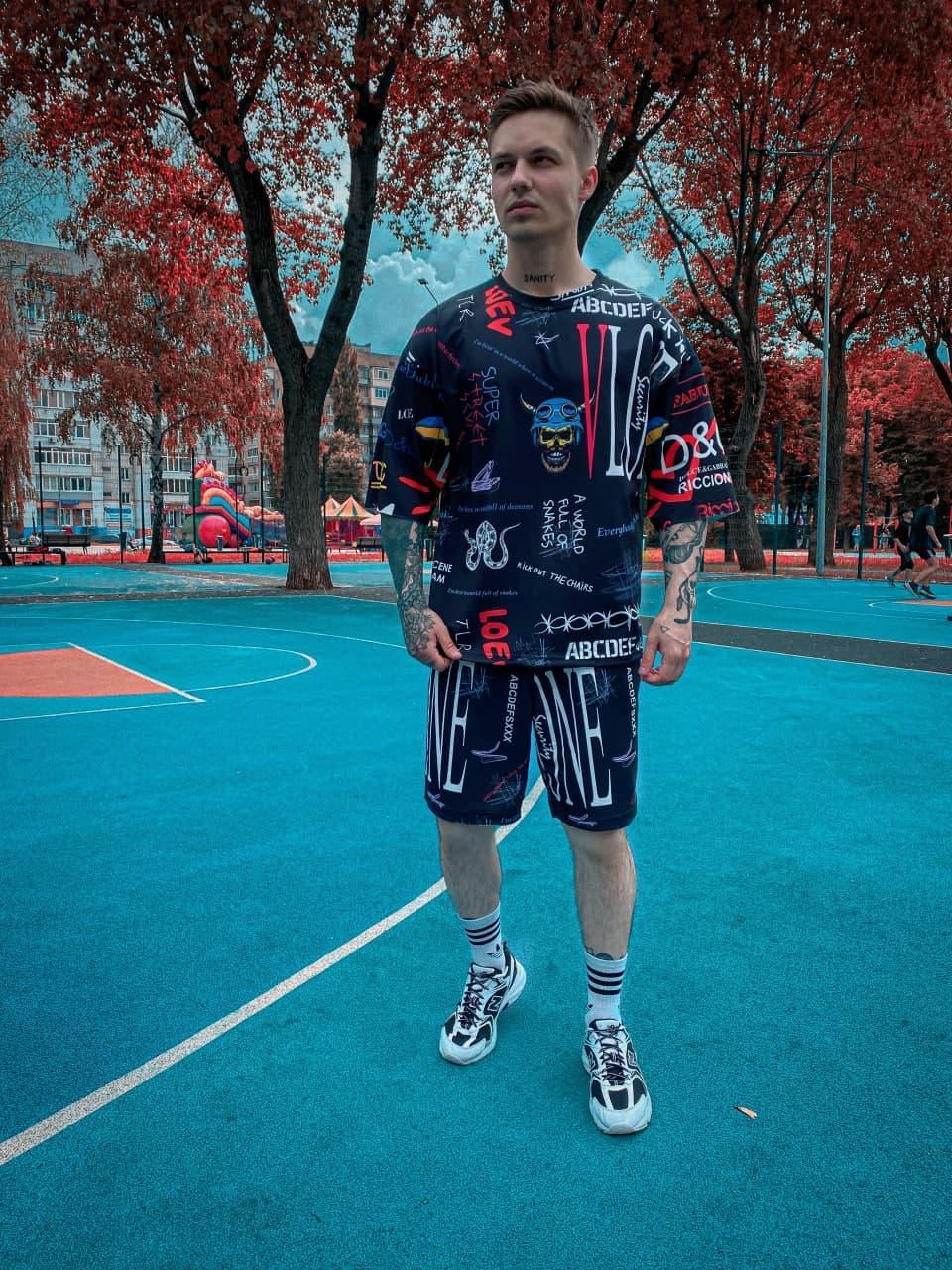 Спортивний костюм Чоловічий спортивний комплект / чоловічий комплект шорти+футболки чорний з малюнками