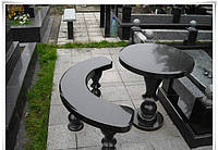 Стол круглый скамейкой на кладбище № 474