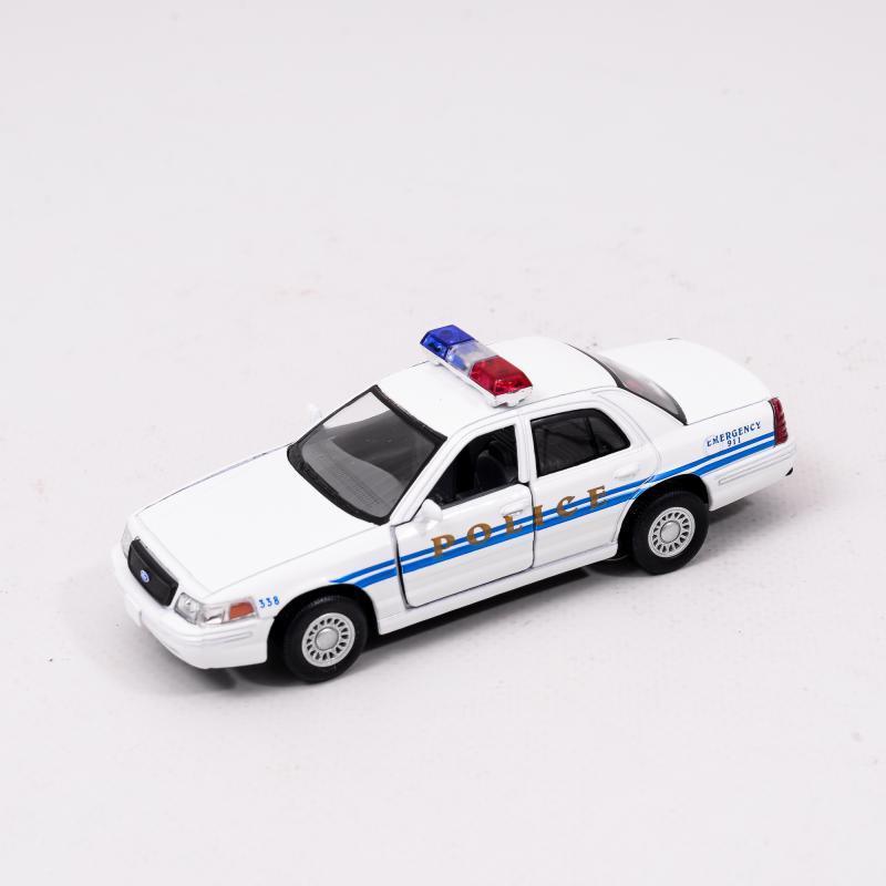 Машинка металлическая Ford Crown Victoria Police Intereptor