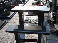 Столы гранитные на кладбище.