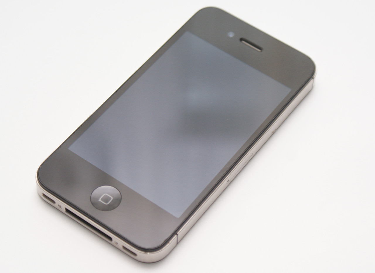 Apple iPhone 4S 8GB Black Neverlock