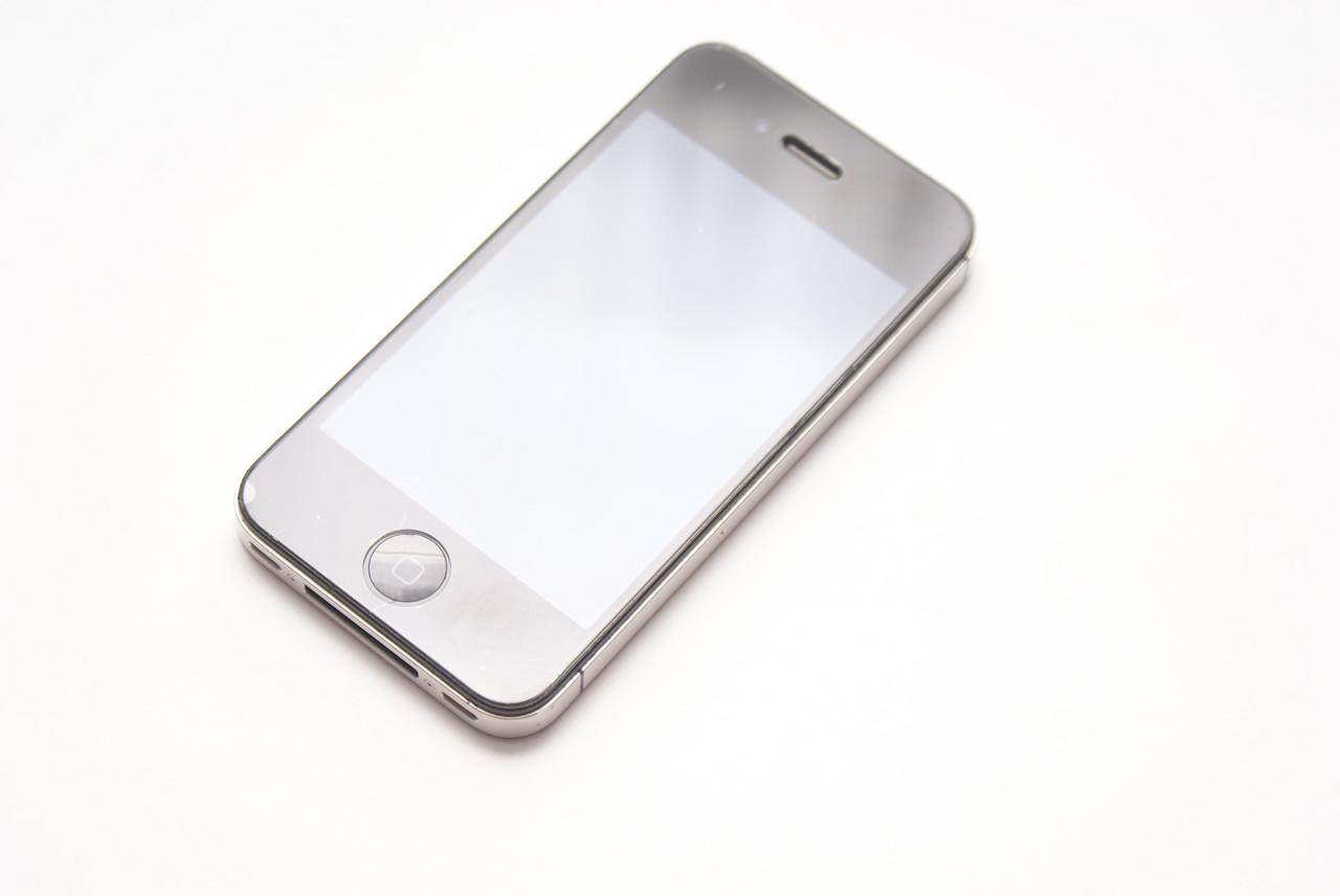 Apple iPhone 4S 16GB Black Neverlock+захисне скло