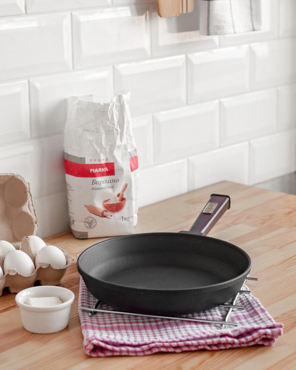 Чугунная сковорода BRIZOLL Optima-Bordo, 200х35мм