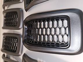 Решітка капота, комплект 7 шт., темно-сірі для Jeep Cherokee KL 2014-2018 Джип Черокі (КЛ) 6CY39XS9AC, фото 3