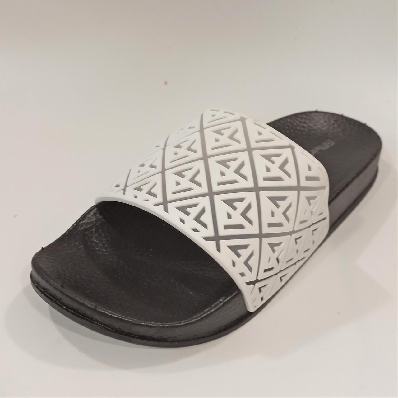 Шлепанцы черно-белые Calypso размеры: 36-40