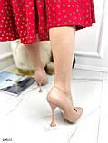 Жіночий класичні туфлі Christian Louboutin на шпильці, каблук чарочка бежеві чорні, фото 5
