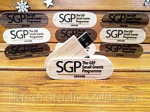 """Дерев'яна флешка з гравіюванням логотипу, напису, малюнка, імені. На 32Гб, 64Гб (2.0, 3.0). """"Швейцарський ніж"""""""