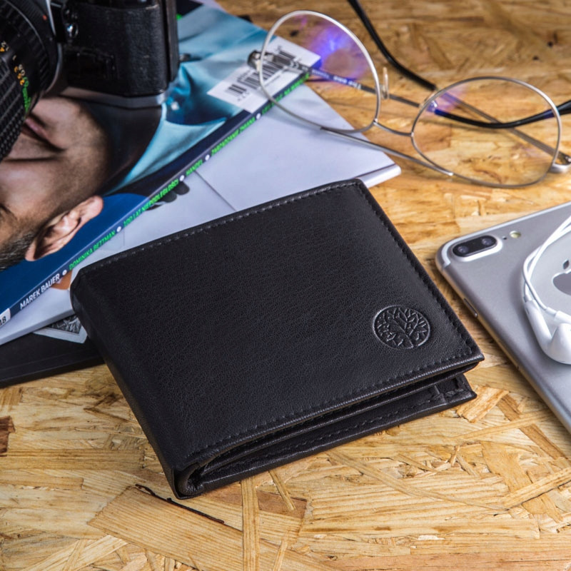 Чоловічий шкіряний гаманець Betlewski з RFID 12,5 х 9,5 х 2 (ETPM-KZ-61) - чорний