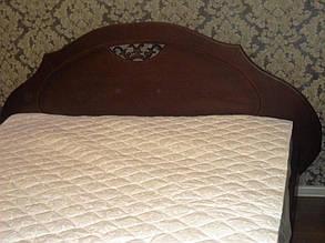 Кровать деревянная с тумбами