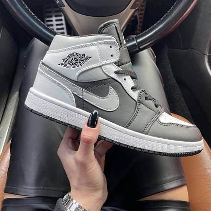 Женские кроссовки Nike Air Jordan 1 Mid Gray Black, фото 2