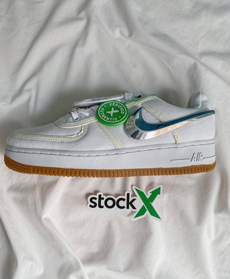 Женские кроссовки Nike Air Force x Travis Scott