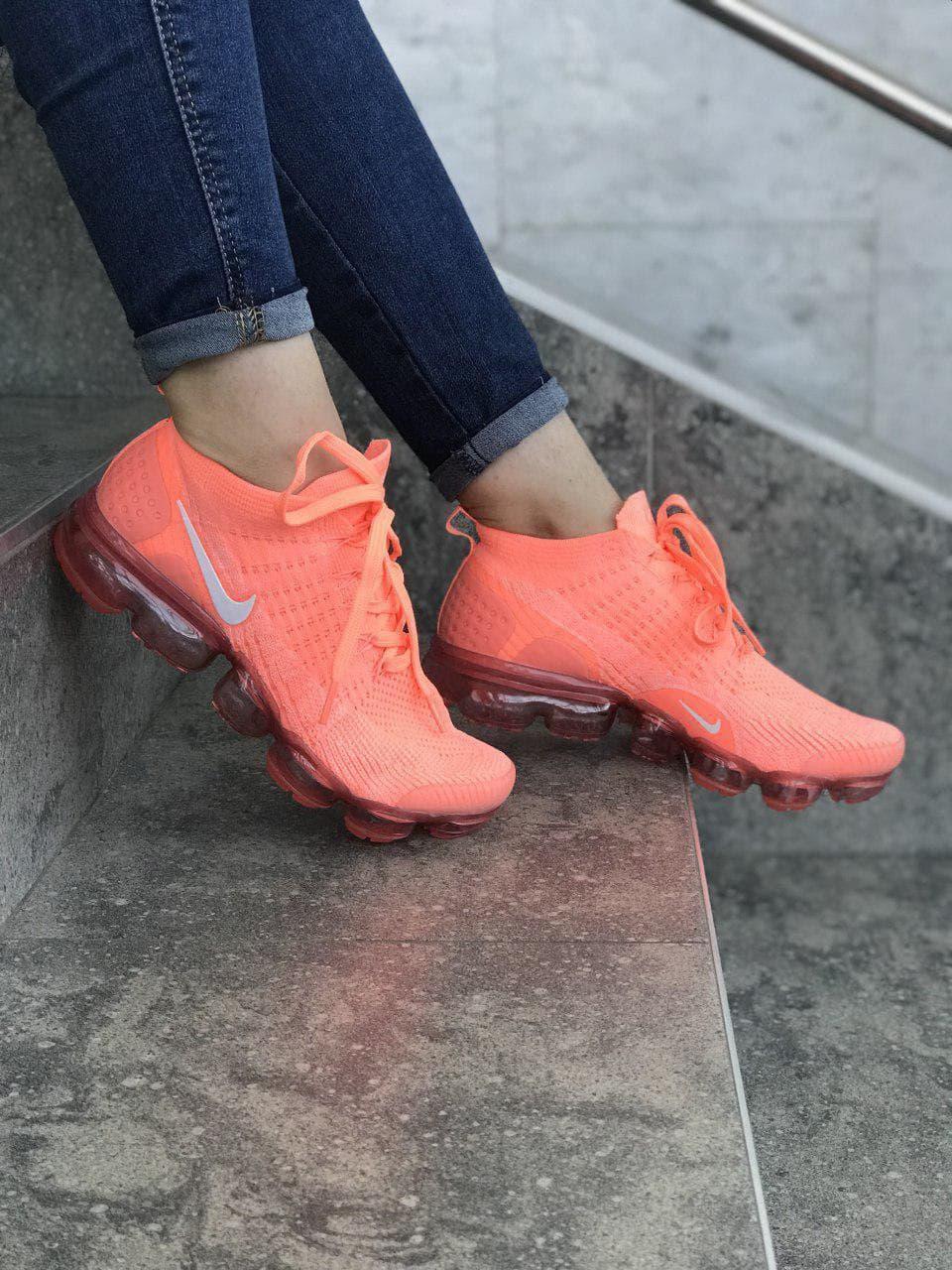 Жіночі кросівки Nike Vapormax Coral