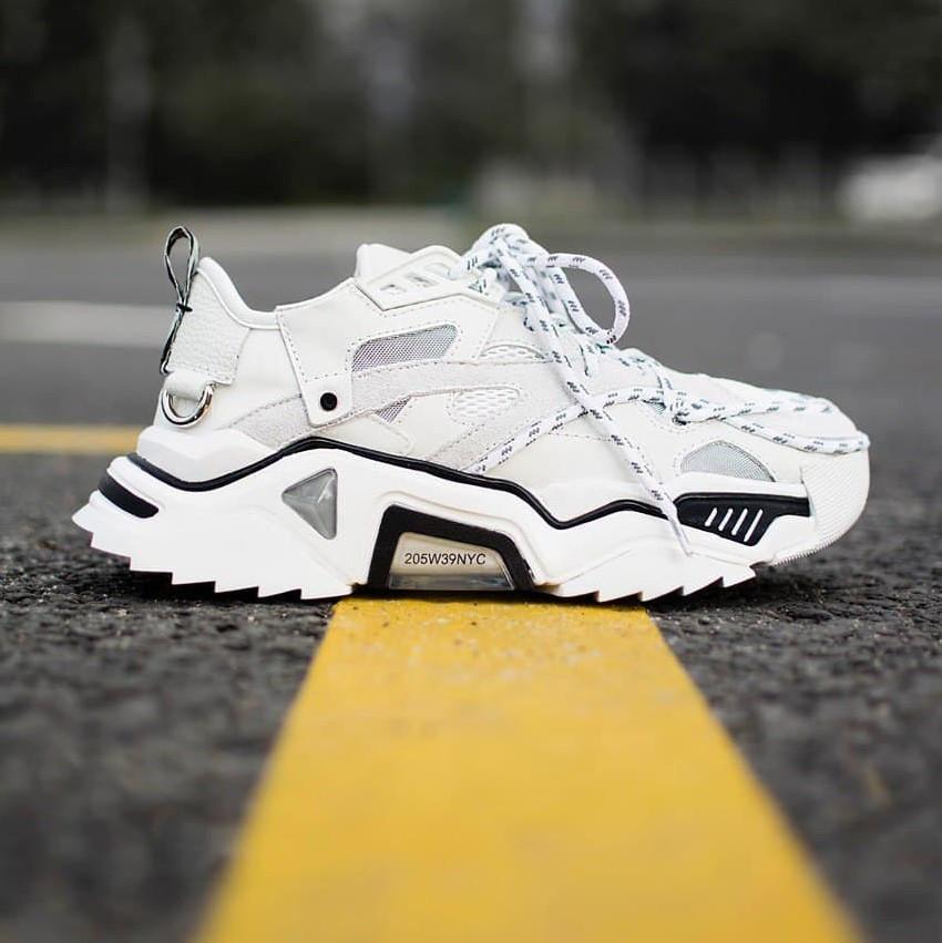 Женские кроссовки Calvin Klein Strike White