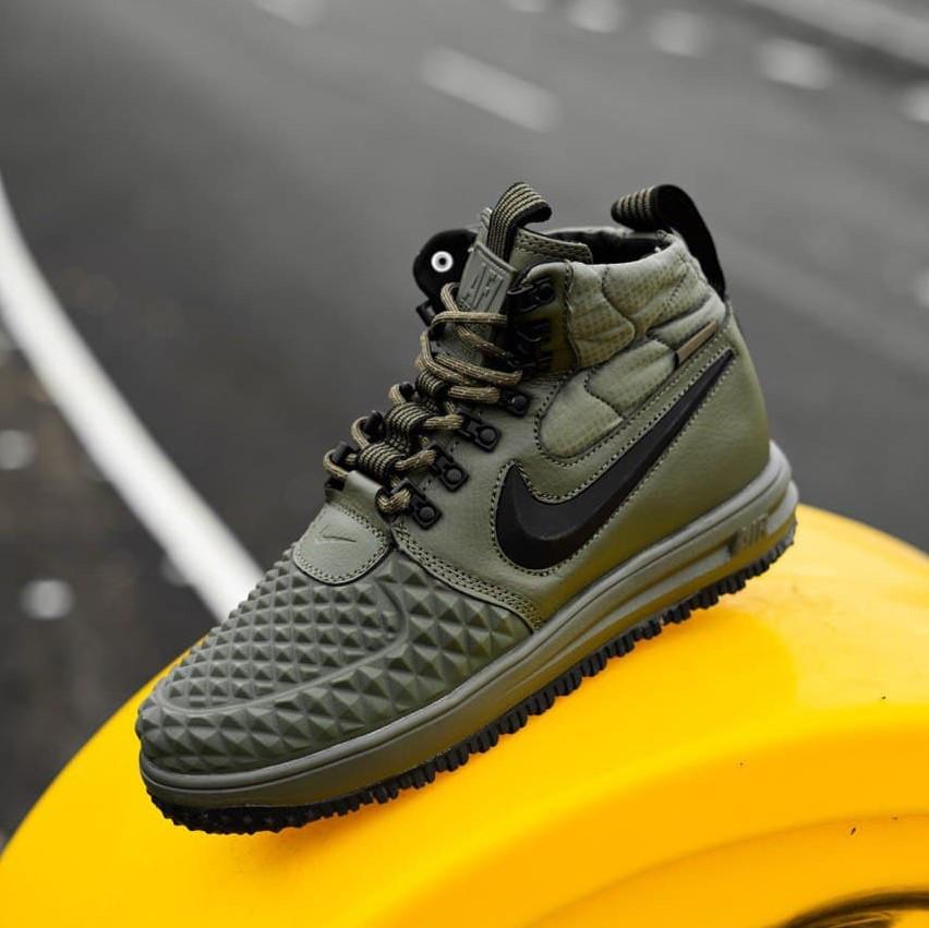 Nike Duckboot Green