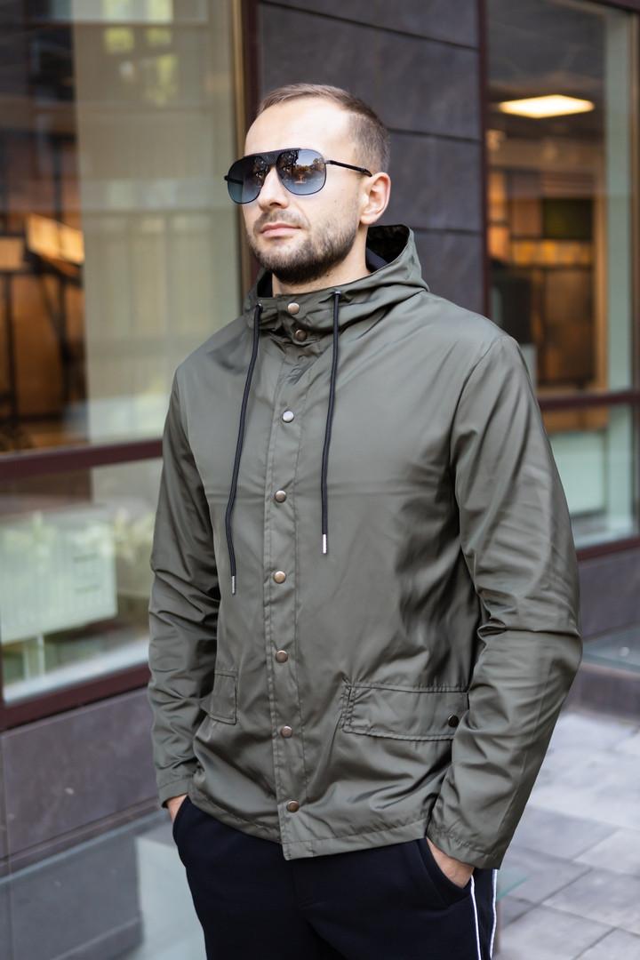 Куртка чоловіча на блискавці з капюшоном. Чоловіча вітровка з капюшоном. Курточка чоловіча.