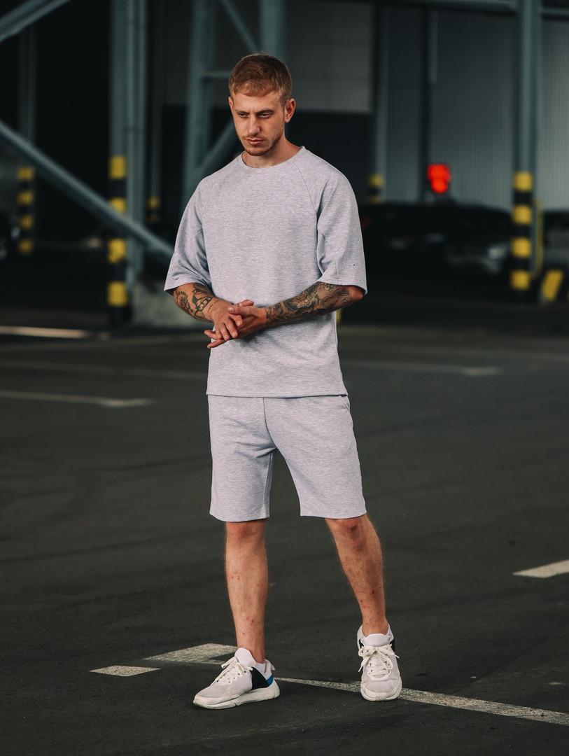 Комплект оверсайз чоловіча футболка + шорти. Стильний чоловічий костюм сірого кольору.